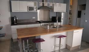 cuisine blanche et plan de travail bois cuisine bois et blanche clair with cuisine bois et blanche