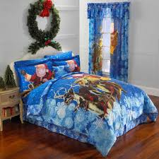 Blue Light Christmas Pottery Barn Bedspreads With Big Green Wreath ... Beds Bedside Tables Cheap Bepreads Kids Pottery Barn Bedroom Duvet Walmart Queen Duvet Covers Cool Tween Teen Girls Bedroom Decor Pottery Barn Rustic Blush Over 60 Breathtaking Turquoise Comforter Design Bed Sizes Chart Jcpenney Sets Size Blue Light Christmas With Big Green Wreath Sheex Best Goose Down Lucianna Medallion Bedding College Pinterest Bohemian Bedding Comforters