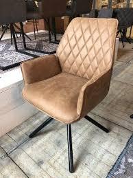 stuhl cognac mit armlehne stuhl gepolstert cognac 90