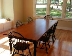 Tiger Maple Dining Room Table With Turned Legs