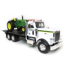 1/16th Big Farm Peterbilt Rollback With John Deere 4020 Tractor