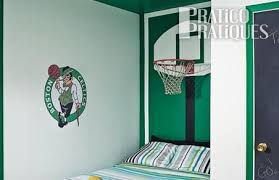 chambre basketball un panier de basketball en guise de tête de lit plans et patrons