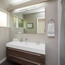 led bad spiegelleuchte leva 2 in 1 aufbauleuchte klemmleuchte 50cm 8w ip44 neutralweiß chrom glänzend
