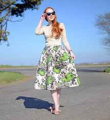 Retro Spring Outfit Featuring Green And Gold 50s Inspired Midi Skirt Heels