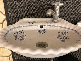 badezimmer garnitur porcelaine de antikes waschbecken