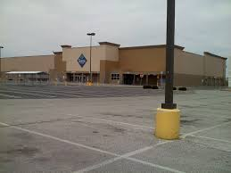 12 Ft Christmas Tree Sams Club by Dead And Dying Retail Former Elyria Ohio Super Kmart
