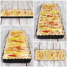 käse birnen tarte mit pinienkernen und thymian