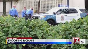 100 Two Men And A Truck Raleigh Police Chase Ends With 3 Arrests Off S Six Forks Road