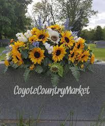 ideas for graveside decorations 25 unique grave decorations ideas on cemetery