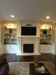 Living Room With Fireplace And Bookshelves by Best 25 Bookshelves Around Fireplace Ideas On Pinterest