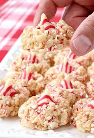 Rice Krispie Christmas Trees White Chocolate by 350 Best Images About Holiday Baking On Pinterest Peppermint