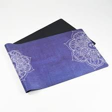 faire la différence lotus fleur imprimé caoutchouc naturel tapis
