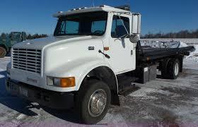 100 Truck Windshield Visor 2001 International 4700 Rollback Truck Item K4509 SOLD