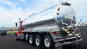 100 Septic Truck 6000 Gallon Tank On A Peterbilt YouTube