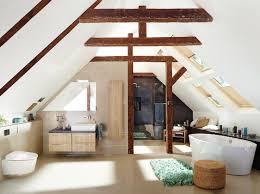 neues bad im dachgeschoss das müssen hausbesitzer beachten