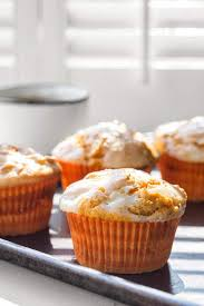 Cake Mix And Pumpkin Puree Muffins by 4 Ingredient Pumpkin Cheesecake Muffins Sweet U0026 Savory By