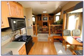 Fifth Wheel Campers With Front Living Rooms by Fifth Wheel With Front Living Room And Outdoor Kitchen Living