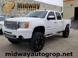 Midway Auto Group :: Midway Auto Group - 2009 GMC Sierra 1500 4D ... 2011 Gmc Sierra Reviews And Rating Motortrend 2016 Denali Reaches Higher With Ultimate Edition 1500 For Sale In Raleigh Nc 27601 Autotrader Trucks Seven Cool Things To Know La Crosse Used Yukon Vehicles Chevrolet Tahoe Wikipedia Chispas2 2009 Regular Cab Specs Photos Hybrid Review Ratings Prices Amazoncom Rough Country 1307 2 Front End Leveling Kit Automotive 4x2 4dr Crew 58 Ft Sb Research 2500hd News Information