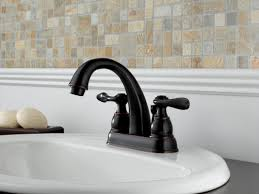 Dripping Bathtub Faucet Delta by Faucet Com B2596lf Ss In Brilliance Stainless By Delta