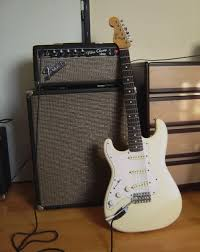 Fender 2x10 Guitar Cabinet by I Either Want To Re Cab The Champ Or Just Get An External Cab