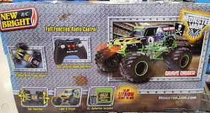100 Monster Truck Grave Digger Videos BRAND NEW 18 GRAVE DIGGER Radio Control Jam