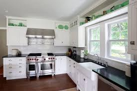 drömköket l formade kök med vita luckor här är 21 fina l