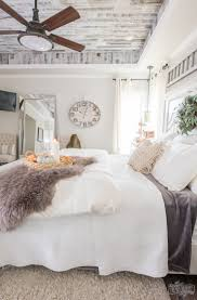 Cozy Easy Fall Bedroom Decorating IdeasCozy Ideas