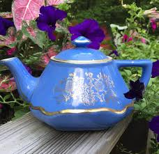 Daher Decorated Ware History by Hall Pottery Teapot Baltimore Style 6 Cup 0169 Excellent Vintage