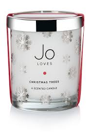 Which Christmas Tree Smells The Best Uk by Christmas Candles To Make Your House Smell Festive