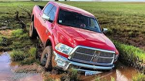 TOP 10 FORD F250 Vs DODGE RAM | BATALHA DAS MARCAS #EXTREME - YouTube Ford F150 Tremor Vs Ram Express Battle Of The Standard Cabs Sca Performance Black Widow Lifted Trucks Dodge Srt10 Wikipedia 1500 Vs Chevy Silverado Which One Is Better 2015 27l Ecoboost Ecodiesel Speed 2018 3500 Superduty F350 Xl Compare Elko 2011 Gm Diesel Truck Shootout Power Magazine 2004 Supercrew Shdown Hot Rod Network 2017 Comparison Near Commack Ny A Chaing Of The Pickup Truck Guard Its For