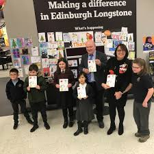Edinburgh MSP Hands Out Prizes For His Christmas Card Competition