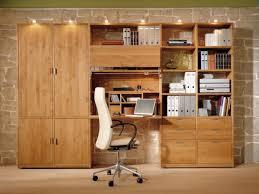 bureau bibliothèque intégré le bureau escamotable décisions pour les petits espaces