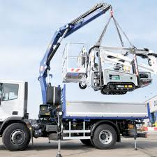 PM Small To Heavy Truck Mounted Crane