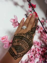 22 Creative Henna Designs To Do At Home | Makedes.com Top 10 Diy Easy And Quick 2 Minute Henna Designs Mehndi Easy Mehendi Designs For Fingers Video Dailymotion How To Apply Henna Mehndi Step By Tutorial 35 Best Mahendi Images On Pinterest Bride And Creative To Make Design Top Floral Bel Designshow Easy Simple Mehndi Designs For Hands Matroj Youtube Hnatrendz In San Diego Trendy Fabulous Body Art Classes Home Facebook Simple Home Do A Tattoo Collections