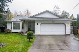 100 Sleepy Hollow House 45941 SLEEPY HOLLOW Road Cultus Lake For Sale MLS R2320296