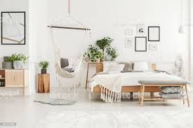 weiße und beige schlafzimmer innenraum stockfoto und mehr bilder beige