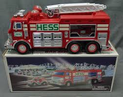 100 2005 Hess Truck Emergency Fire Ladder W Rescue Vehicle New In Box On