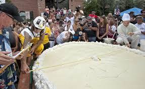 Worlds Heaviest Pumpkin Pie by Largest Key Lime Pie Florida Festival Breaks Guinness World