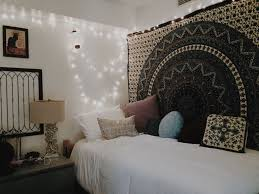 How Redecorating Your Room Can Help Fix A Broken Heart Cool Dorm RoomsDiy Decor For CollegeWall BedroomCollege