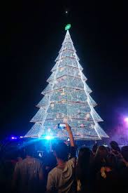 Fiber Optic Christmas Tree Philippines by Christmas Tree In The City Photo Albums Fabulous Homes Interior