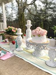 Creative Outdoor Dining Easter Brunch Ideas