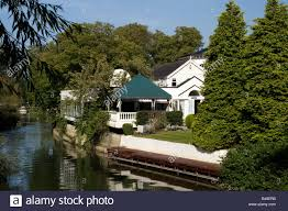 100 Bray Island Monkey Hotel In On A Tiny Island On The Thames Stock