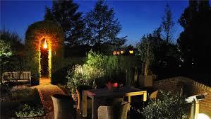 verlängerte öffnungszeiten lichteffekte im park der gärten