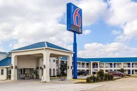 MOTEL 6 SEGUIN $60 ($̶7̶0̶) - Prices & Hotel Reviews - TX - TripAdvisor Truck Stop The Flying J Sept 6 2017 Hays Free Press By Pressnewsdispatch Issuu Machinery Trader Truckersurvivalguide Truckerssg Twitter Blacked Out Excursion Ford Excursion Pinterest Police Identify Pedestrian Killed In New Braunfels Images About Travelcentsofamerica Tag On Instagram 2018 Ram 2500 Pickup For Sale Tx Tg368770 Travelcenters Of America Ta Stock Price Financials And News T8 Sales Service Places Directory