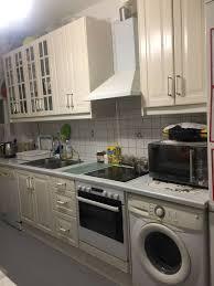 tolle küche mit spül und waschmaschine