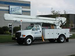 Truck With Lift Rental: Box Truck With Lift Gate Akers Rental.