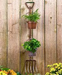 RUSTIC SHOVEL OR PITCHFORK WALL FENCE FLOWER HERB