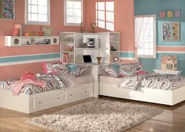Bedroom Trendy Designing And Styling A Bedroom With Twin Beds