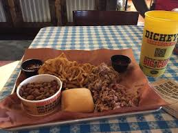 Bbq Pit Sinking Springs Pa by Dickey U0027s Barbecue Pit Wyomissing Restaurant Reviews Phone