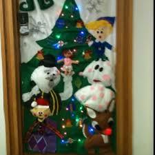 Classroom Door Christmas Decorations Pinterest by Office Door Decorations 67 Best Office Door Contest Images On